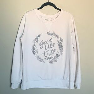 Ardene Good Vibe Tribe graphic crew neck L